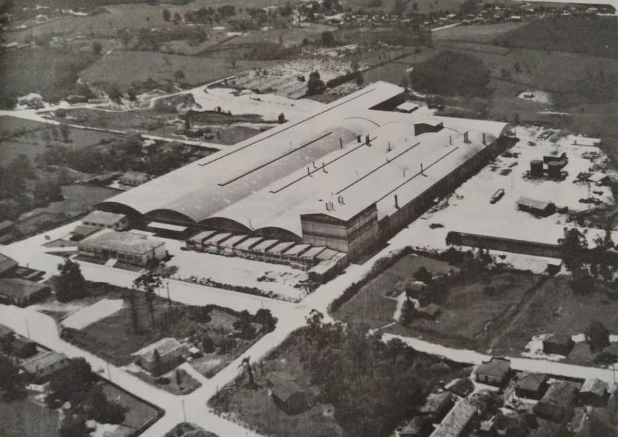 Foto aérea das Empresas Eliane | Data incerta.