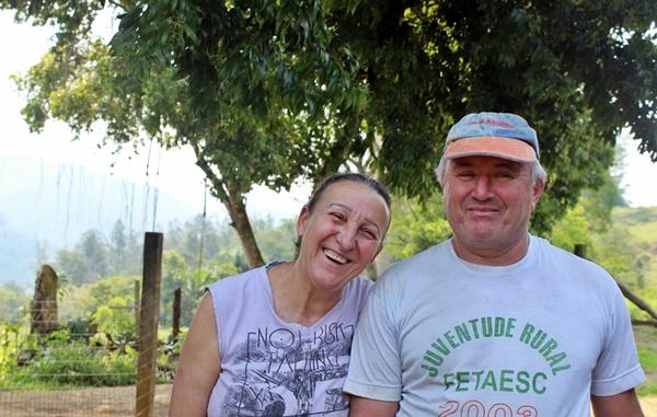 Antônio e Lourdes são casados há 35 anos e tem na agropecuária familiar o sustento da família.