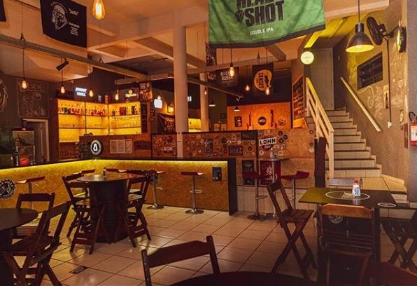 O espaço é inspirado nos pubs norte americanos e europeus.