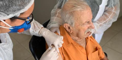 Cocal do Sul: Vacina contra gripe para idosos será retomada nesta segunda-feira