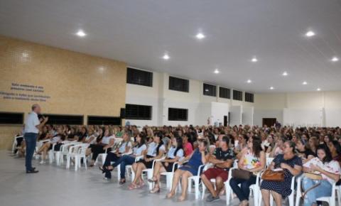 Autoridade do professor entre os temas da Semana Pedagógica de Cocal do Sul
