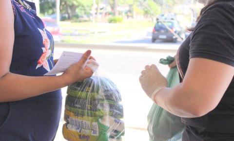 Entrega dos kits de alimentação escolar continua em Criciúma