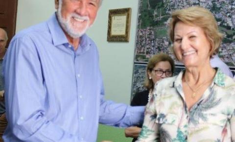 Aninha assume prefeitura de Cocal do Sul