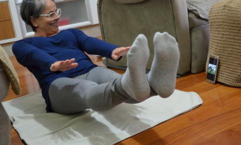 Idosos de Cocal do Sul mantem rotina de atividade física mesmo em casa