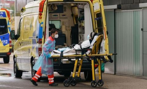 Estado de emergência na Espanha e novas restrições na Itália para conter nova onda do Coronavírus