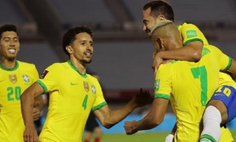 Brasil vence Uruguai e termina 2020 como líder das Eliminatórias