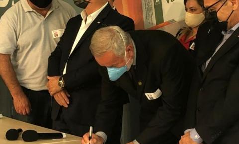 AMREC assina protocolo de intenção para compra da vacina Coronavac