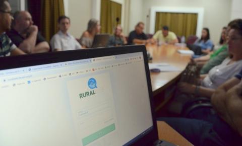 Servidores passam por treinamento sobre nota de Produtor Rural