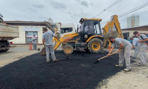 Prefeitura inicia operação tapa-buracos em Cocal do Sul