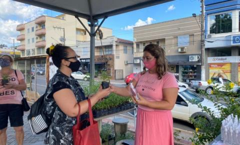 Cocal do Sul promove ação de combate à covid-19 em alusão ao Dia Internacional da Mulher