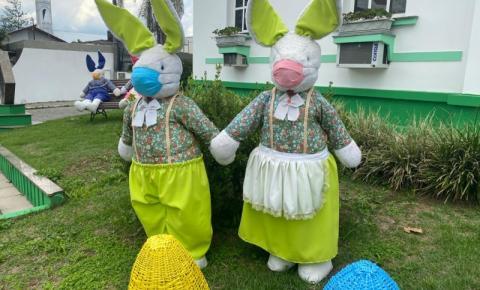 Decoração de Páscoa: até os coelhos estão de máscara