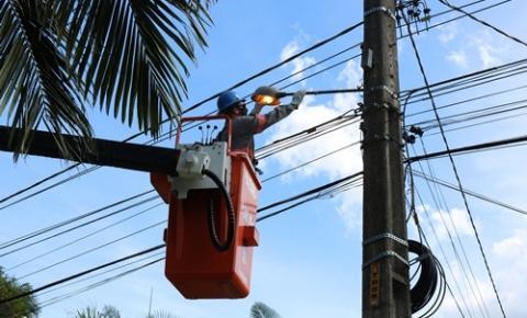 Coopercocal retoma manutenção da iluminação pública na área de atuação do município de Urussanga.
