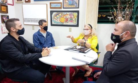 Cocal do Sul busca parcerias culturais com a Unesc