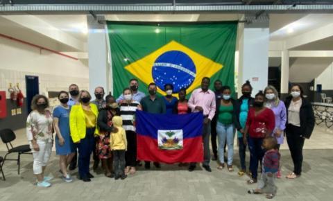 Prefeitura de Cocal do Sul oferece curso gratuito de português a haitianos