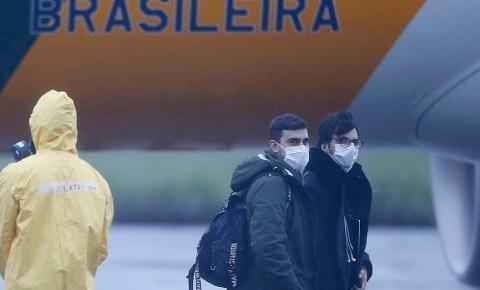 Coronavírus: brasileiros são liberados de quarentena após nova negativa