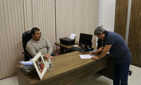 Vereador Márcio Dalmolin retorna ao Legislativo