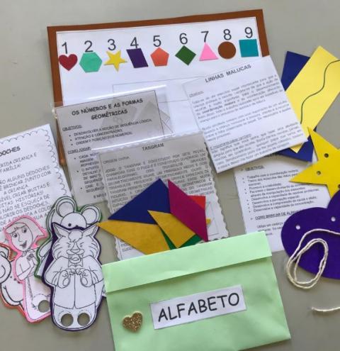 Urussanga: Brinquedos, jogos e sacolas literárias para as atividades da rede municipal de educação